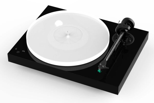 Pro-Ject X1 High Gloss Black with Sumiko Olympia